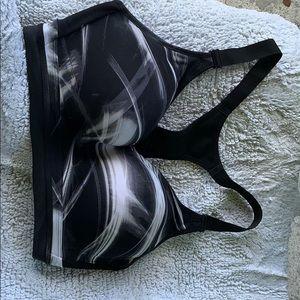 Victoria secret sport bra never worn